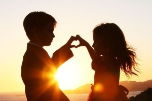 child-couple-heart-kids-love-summer-Favim.com-101027_large